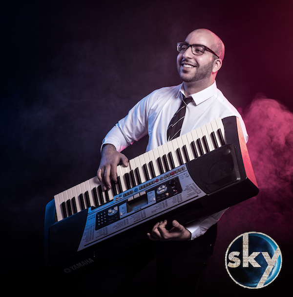 Younes Akharroub : keyboards